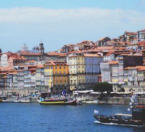 Cheap car rental in Porto