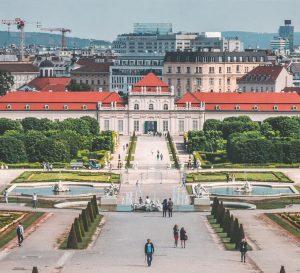 Cheap car rental in Vienna