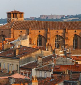 Cheap car rental in Toulouse