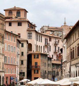 Cheap car rental in Perugia